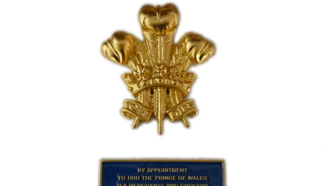 Royal Warrant Holders Fortnum and Mason Cast Plaque and Coat of Arms