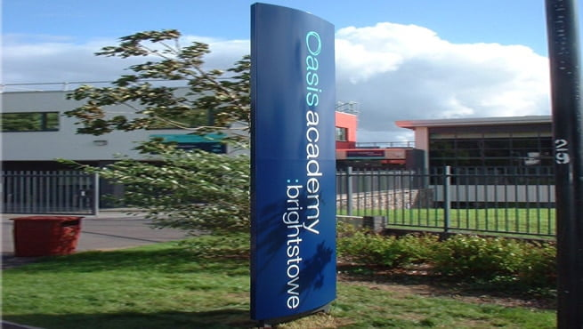 Oasis Academy, Brigstowe, Bristol - Curved Face Monolith Signage