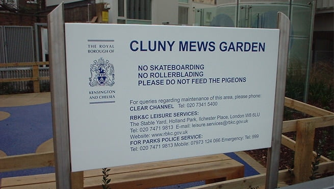 Cluny Mews Garden - Post Mounted Prohibition Sign