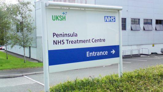 Illuminated Wayfinding Post Mounted Sign, Peninsula, UKSH NHS Treatment Centre
