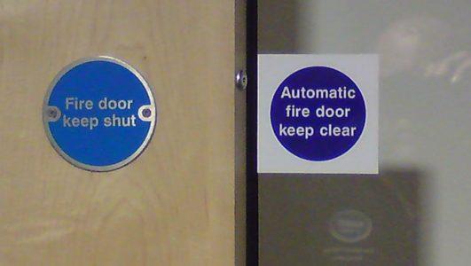 Circular Statutory Signage for door vision panels - Fire Door Keep Shut