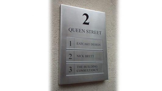 2 Queen Street, Bristol - Signage made by Wards of Bristol